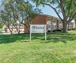 Plaza Manor, Urbandale High School, Urbandale, IA