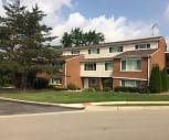 Brookhaven Apartments, Spaulding Elementary School, Gurnee, IL