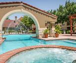 Pool, Ranchstone