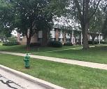 Applewood Village Apartments, 53129, WI