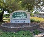 Collier Garden Apartments, Rockford, IL