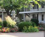 Promenade des Jardins Apartments, East English Street, Wichita, KS