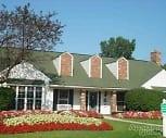 Whethersfield Apartments, Conant Elementary School, Bloomfield Hills, MI