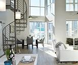 Living Room, Vici