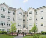 Courtyard, River Point Senior 62+