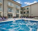 Pool, Lofts at Lincoln Station Apartments