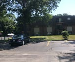DEER RUN APARTMENTS, Chesterton High School, Chesterton, IN