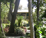 Courtyard, Delmonico
