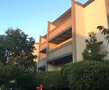 Del Medio Manor, Ardis G Egan Junior High School, Los Altos, CA