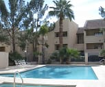 Refreshing Pool, Courts at Colter