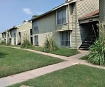 Pelican Point Apartments, Mclean Science And Technology Magnet Elementary School, Wichita, KS