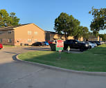 Rolling Hills Apartments, Madison Middle School, Bartlesville, OK