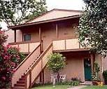 Exterior, Haystack Apartments