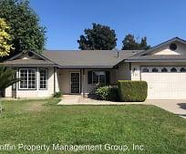 236 W Loyola Ave, Ivanhoe, CA