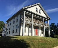 7 Russell St, Plymouth, NH