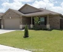233 Cobble Stone Ct, Yoakum, TX