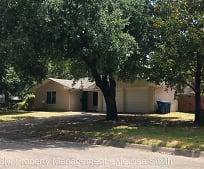 601 Lexington Dr, Bowie Elementary School, Corsicana, TX