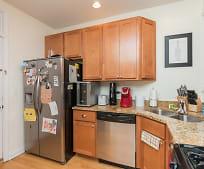 Kitchen, 1019 N Oakley Blvd