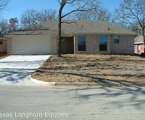 721 Oak Park Dr, Azle, TX