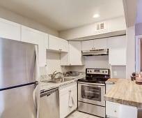 Kitchen, 816 W 2nd St