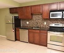 Kitchen, 417 N Preston St