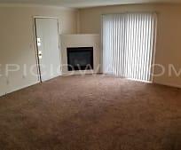 Living Room, 1228 O Ave Pl NE