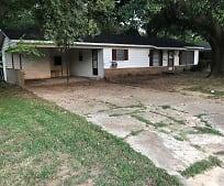 Building, 132 Oak Grove Dr