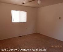 915 S Platinum Ave, Deming, NM