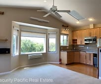 1006 Hawthorne Dr, Rodeo, CA