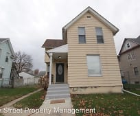 228 S Lincoln Ave, West End, Davenport, IA