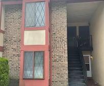 36 Chelsea Cir, Camden County, NJ