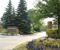 6795 Stonehedge Ct, Orchard Lake Middle School, West Bloomfield, MI