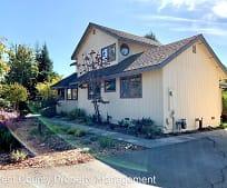4442 Vine Hill Rd, Healdsburg, CA