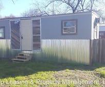 504 Rivers St, Moulton, TX