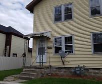 Building, 3036 E Lynn St
