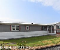954 Dotterers Rd, Mill Hall, PA