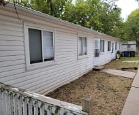 213 Wiley St, Robinson Elementary School, Augusta, KS