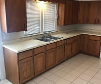 Kitchen, 409 W Monroe St