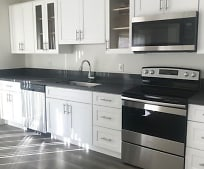 Kitchen, 1538 E Quincy Ave