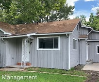 6357 Terrell St, Groves, TX