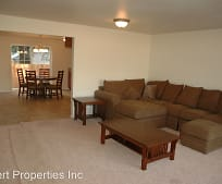 167 N Royal Ave, Eagle Point, OR