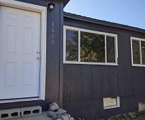 1660 Montana Hwy 35, Kalispell, MT