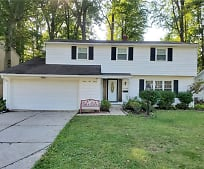4590 Brendan Ln, North Olmsted, OH
