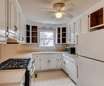 Kitchen, 707 Lynn St