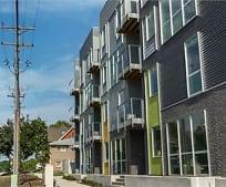 Building, 575 S Dubuque St
