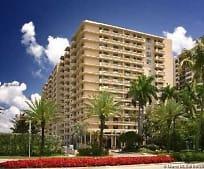 10185 Collins Ave, Bal Harbour, FL