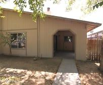 Building, 665 S Coalinga St