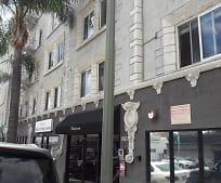 Building, 1947 N Cahuenga Blvd