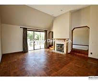 4 Lone Oak Ct, Petaluma, CA