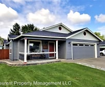 351 Candis Dr, Eagle Point, OR